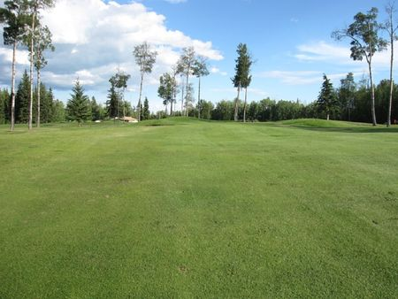 Overview of golf course named Skeleton Lake Golf and Country Club