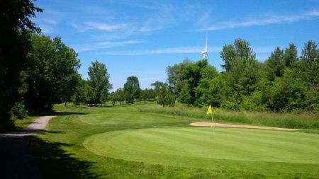 Overview of golf course named Somerhill Golf Club