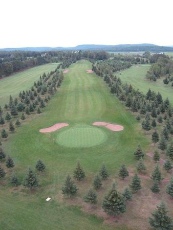 St remi golf cover picture