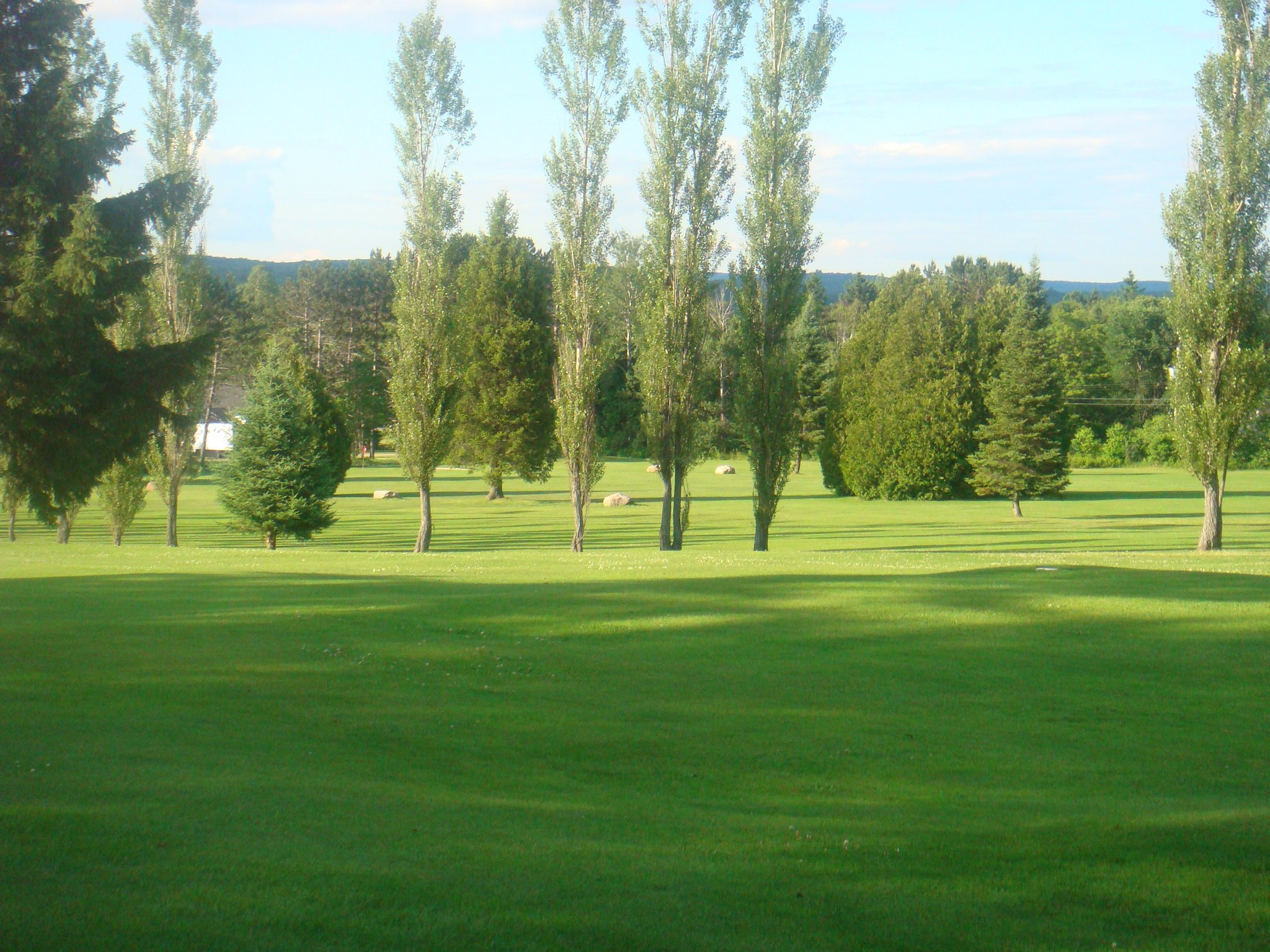 Overview of golf course named Ten Gables Golf Inn