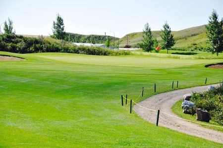 Three hills golf club cover picture