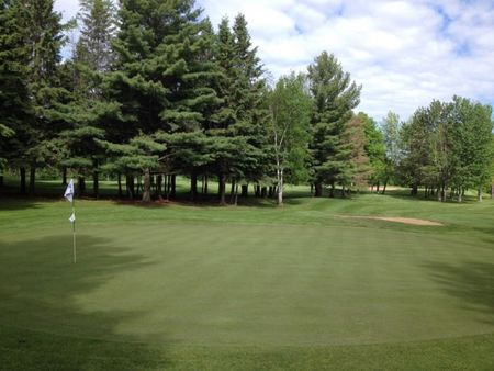 Overview of golf course named Thunderbird Golf Club