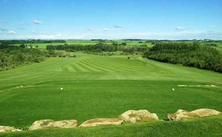 Tooth of the dogpound creek golf course cover picture