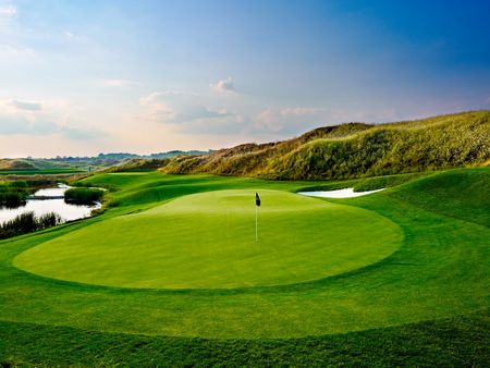 Turnberry golf club cover picture