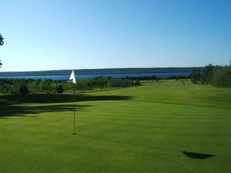 Wiarton golf club cover picture