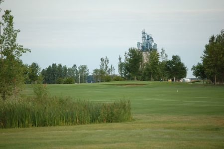 Winkler Golf Club Cover Picture