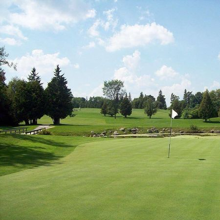 Wolf Run Golf Club Cover Picture