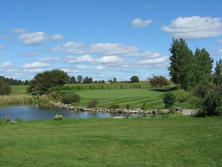 Wolfe island riverfront golf course cover picture