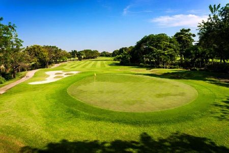 Krungthep kreetha sports club cover picture