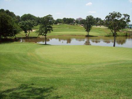 River Oaks Golf Club Cover Picture
