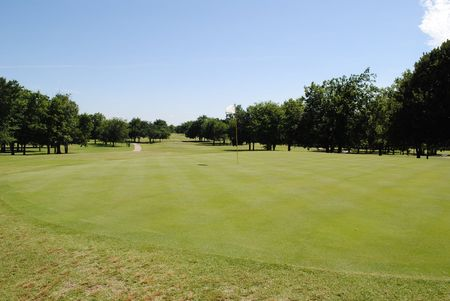 Overview of golf course named Woods Golf Course