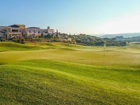 Edenhof Golfklubb Cover Picture