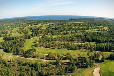 Gnarpsbaden golfklubb cover picture