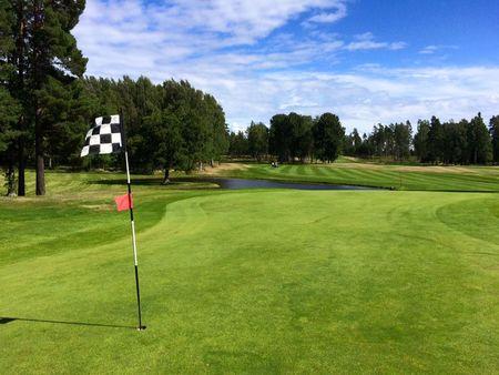 Hammaro Golfklubb Cover