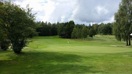 Overview of golf course named Karsta Golfklubb