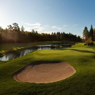 Kungsangen golf club cover picture