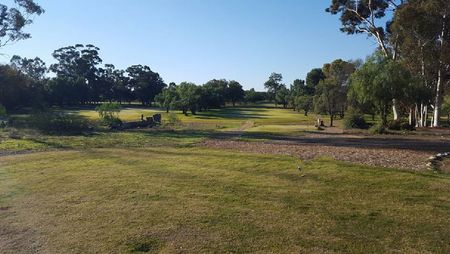 Oudtshoorn Golf Club Cover Picture