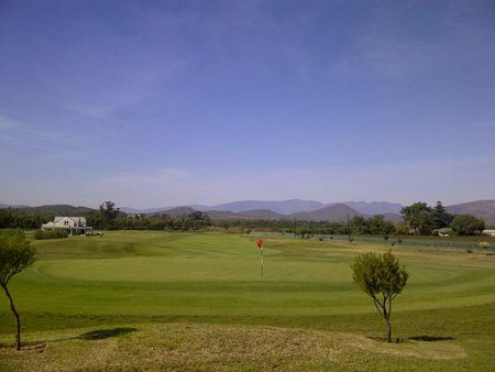 Robertson Golf Club Cover Picture
