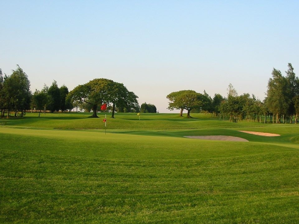Overview of golf course named Fairwood Park Golf Club