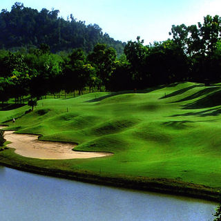 A famosa golf resort cover picture