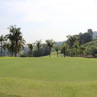 Bukit unggul golf and country club cover picture