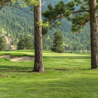 Canyon river golf club cover picture