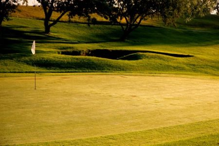 Sidney country club cover picture