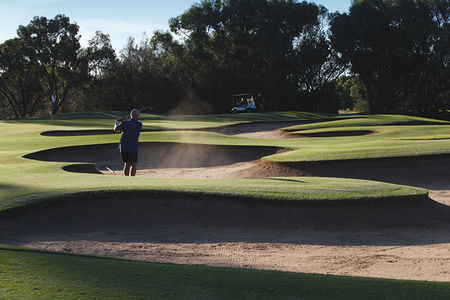 Overview of golf course named Swan Hill City Golf and Bowls Club