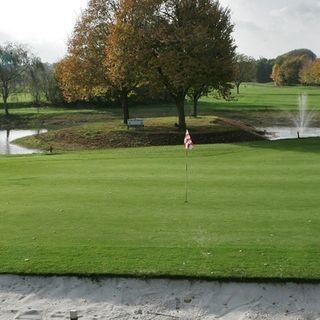 Breuninkhof golf club cover picture