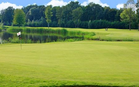 Overview of golf course named Golfbaan Naarderbos
