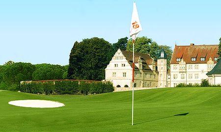 Overview of golf course named Hamelner Golfclub e.V. Schloss Schwobber
