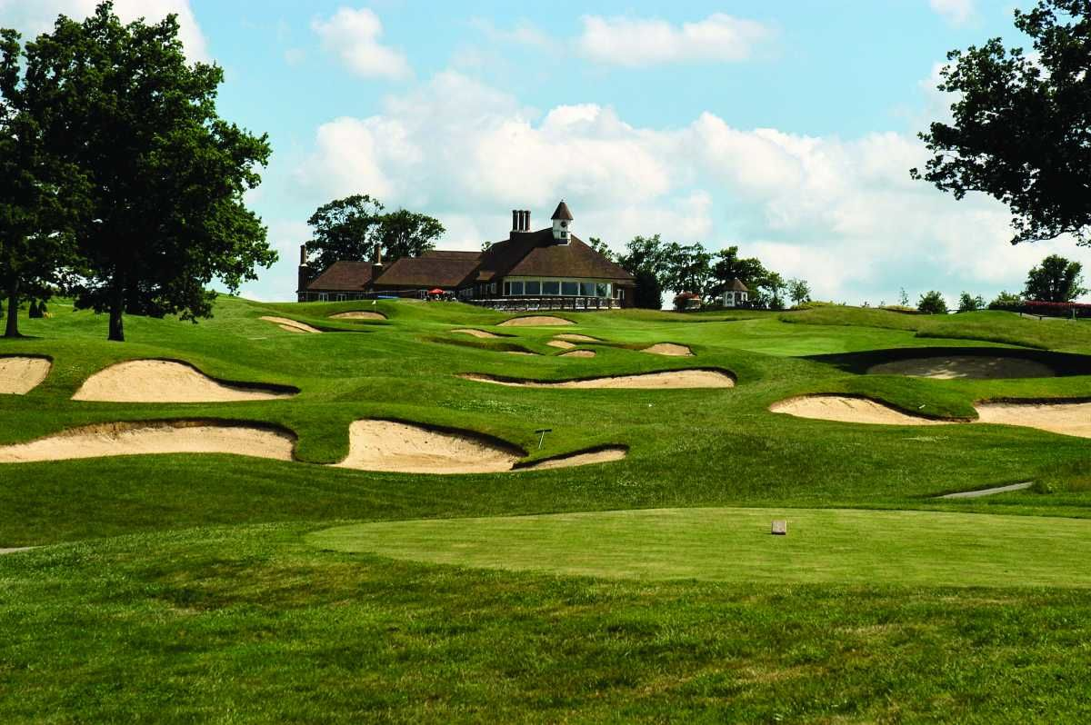 Chart hills golf club cover picture