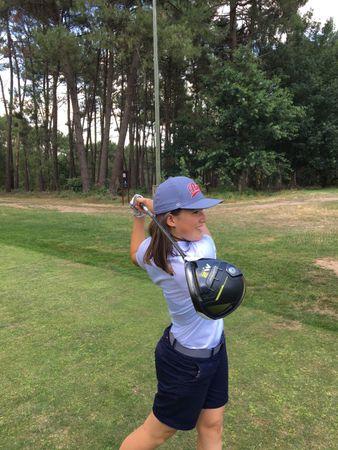 Avatar of golfer named Thea Mezenen