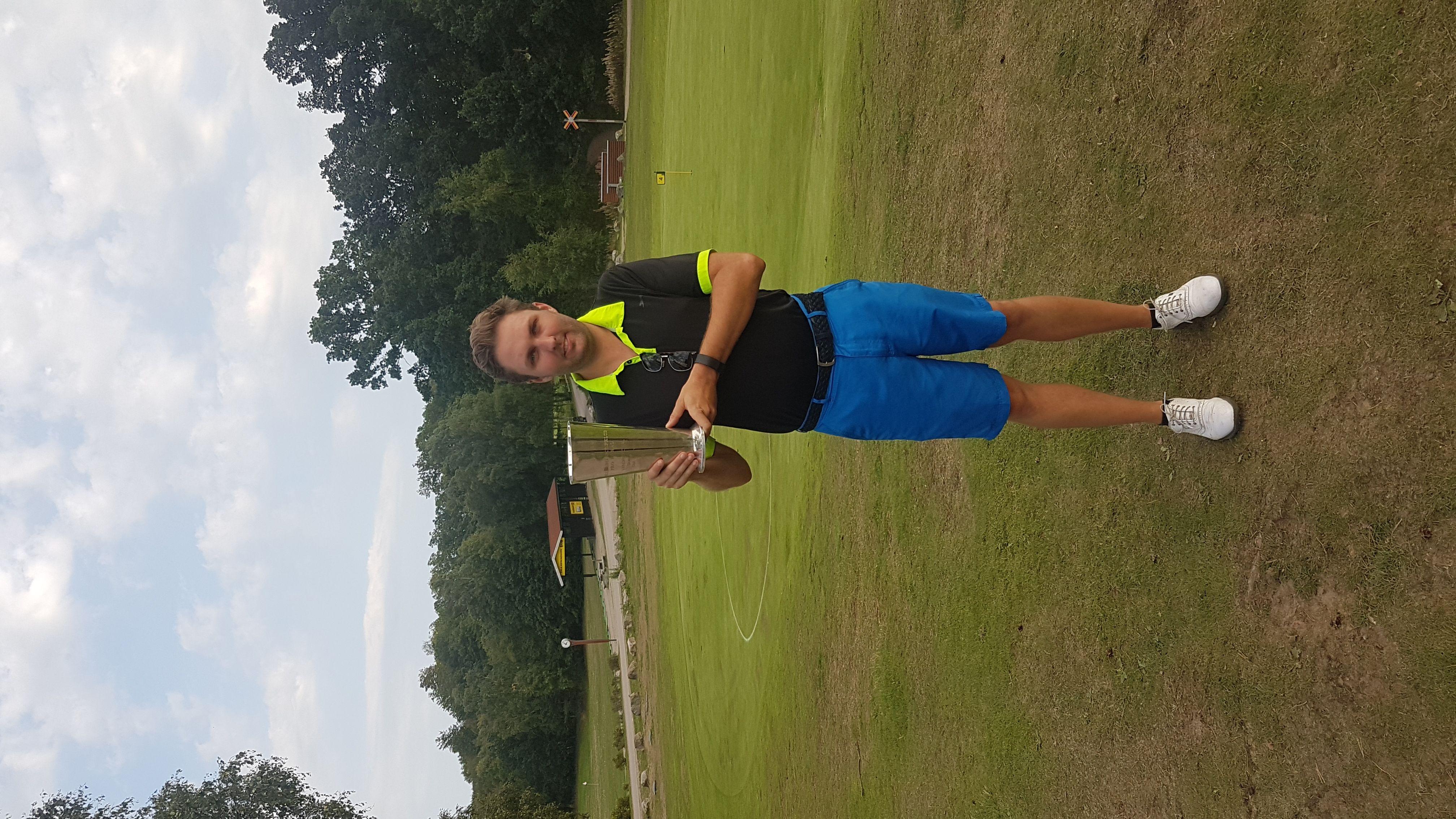 Avatar of golfer named Philippe Bochaton