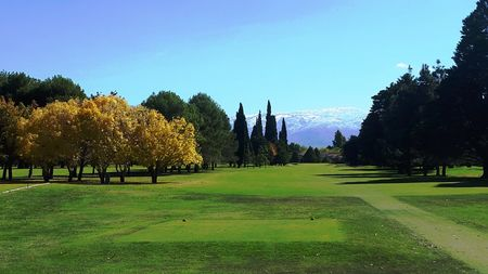 Overview of golf course named Mendoza Country Club