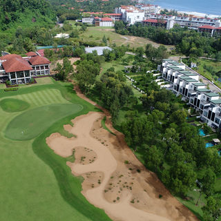 Laguna lang co golf club picture
