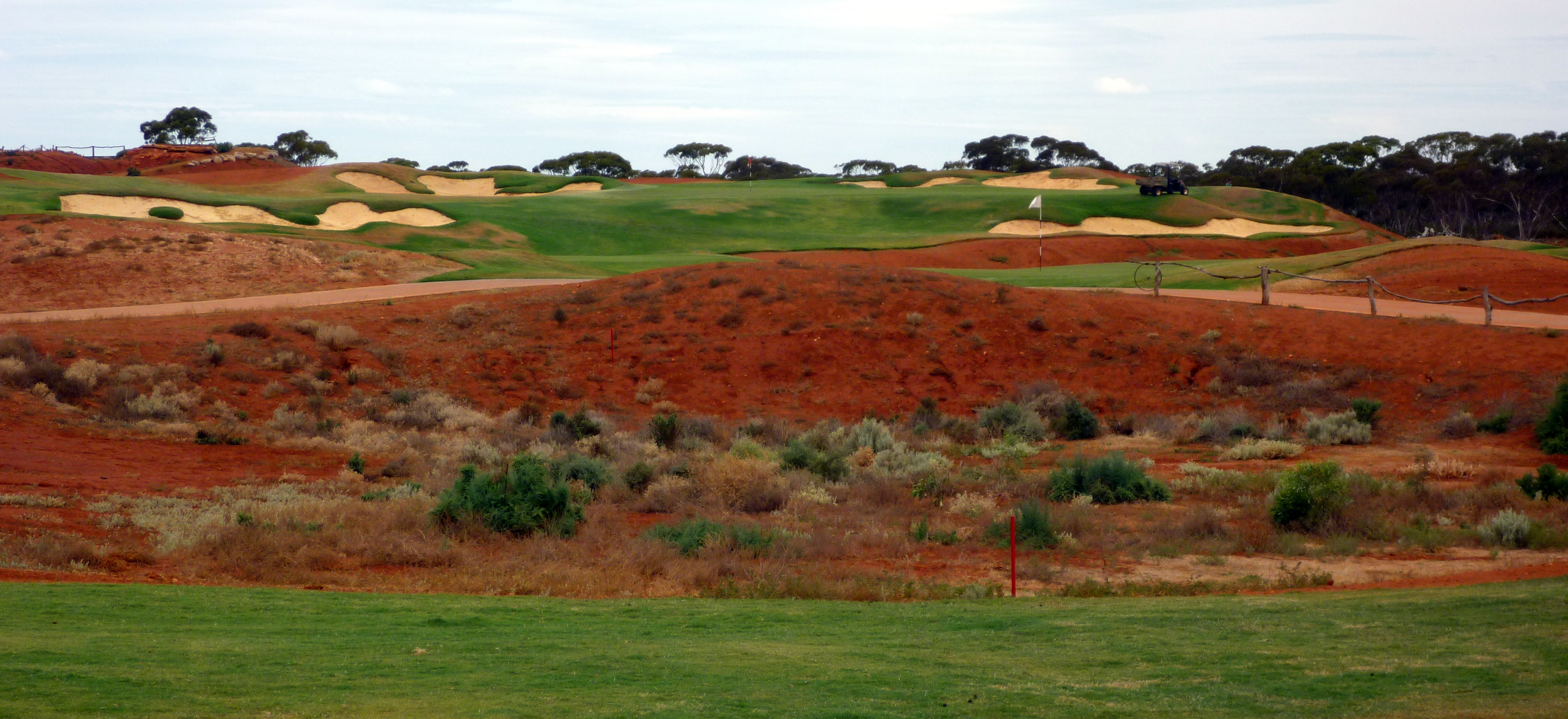 Overview of golf course named Nullarbor Links