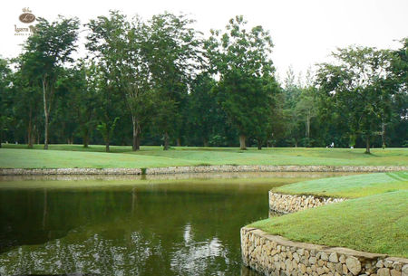 Iyara Park Golf Course Cover