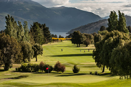 Overview of golf course named Arelauquen Golf and Country Club