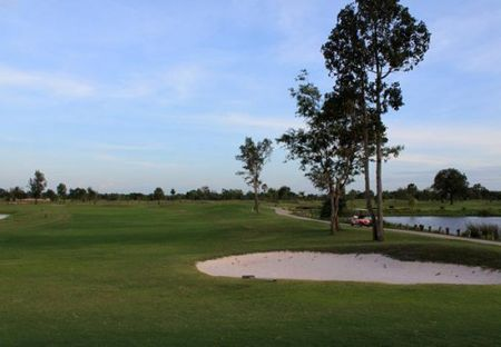 Overview of golf course named Siharatdechochai Golf Course