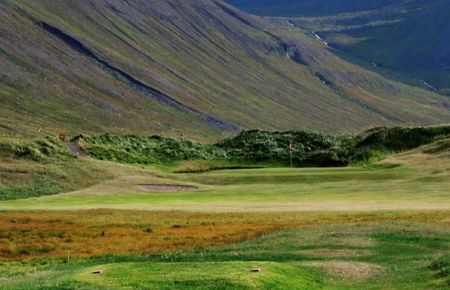 Bolungarvik Golf Course Cover Picture