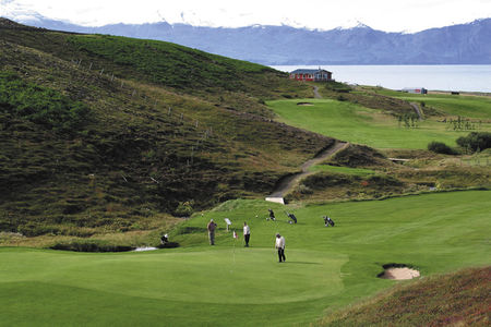 Husavik Golf Course Cover Picture