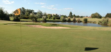 Overview of golf course named Las Canuelas Country Club