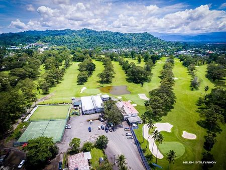 Lae Golf Club Cover Picture