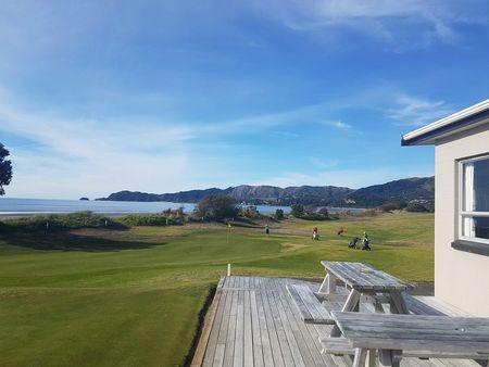 Takaka Golf Club Cover Picture