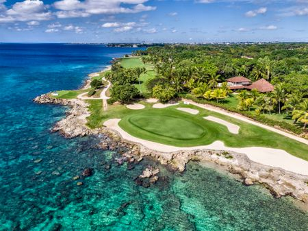 Overview of golf course named Casa de Campo - Teeth of the Dog