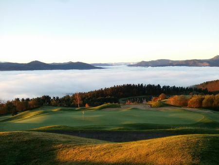 Overview of golf course named Uraburu Golf