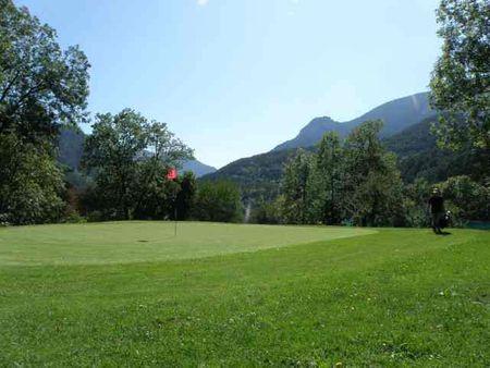 Vievola Golf Club Cover Picture