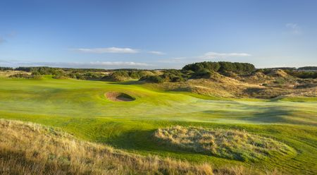 Overview of golf course named Dundonald Links