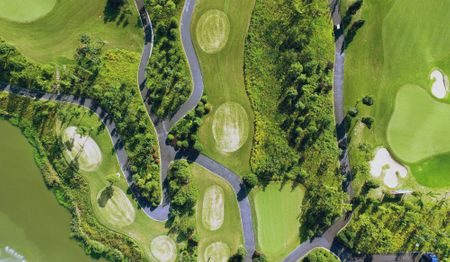 Shanghai Qizhong Garden Golf Club Cover Picture